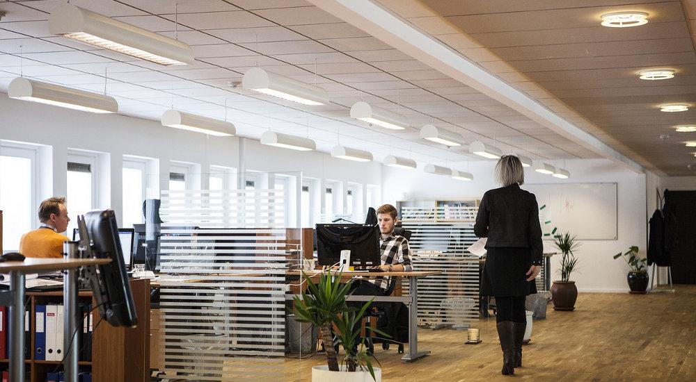 miniaturka wpisu Jak wybrać oświetlenie biurowe?
